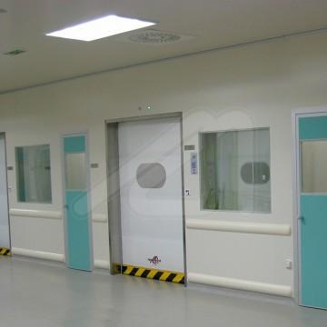 4 commandes d'ouverture sans contact pour portes rapides
