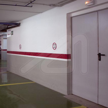 Fire swing door