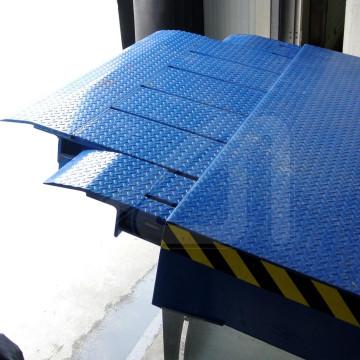 Dock leveller Telesco Van model
