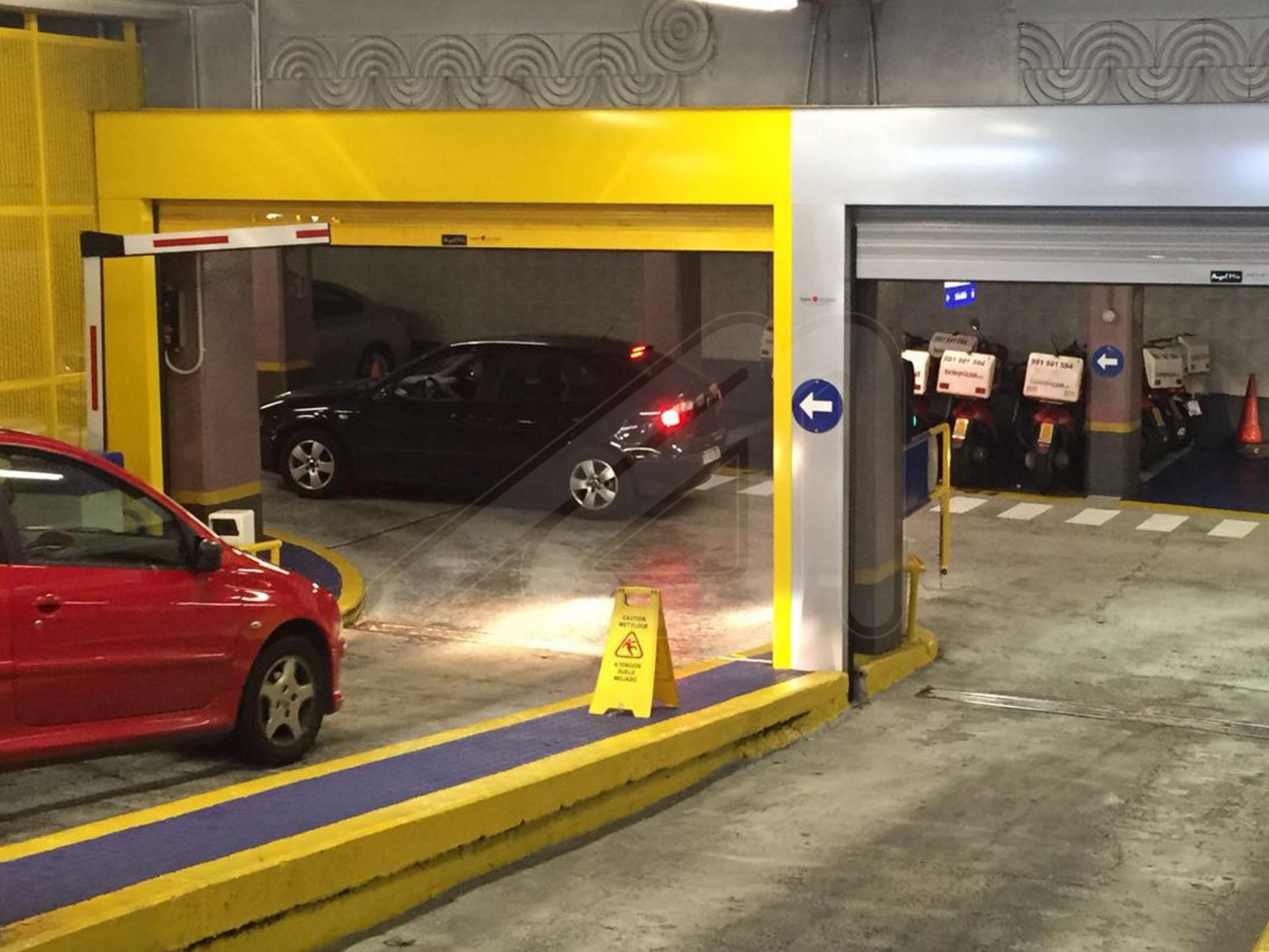¿Qué puertas de garaje son más indicadas para una comunidad de vecinos?